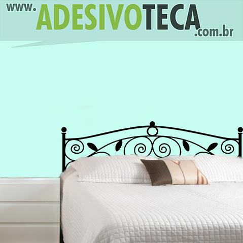adesivo-de-parede-cabeceira-arabesco-floral